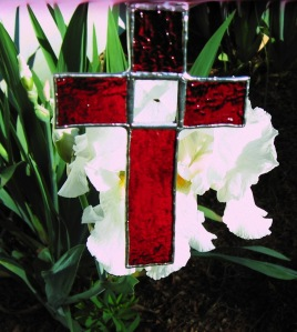 cross-red-bevel-with-lilies